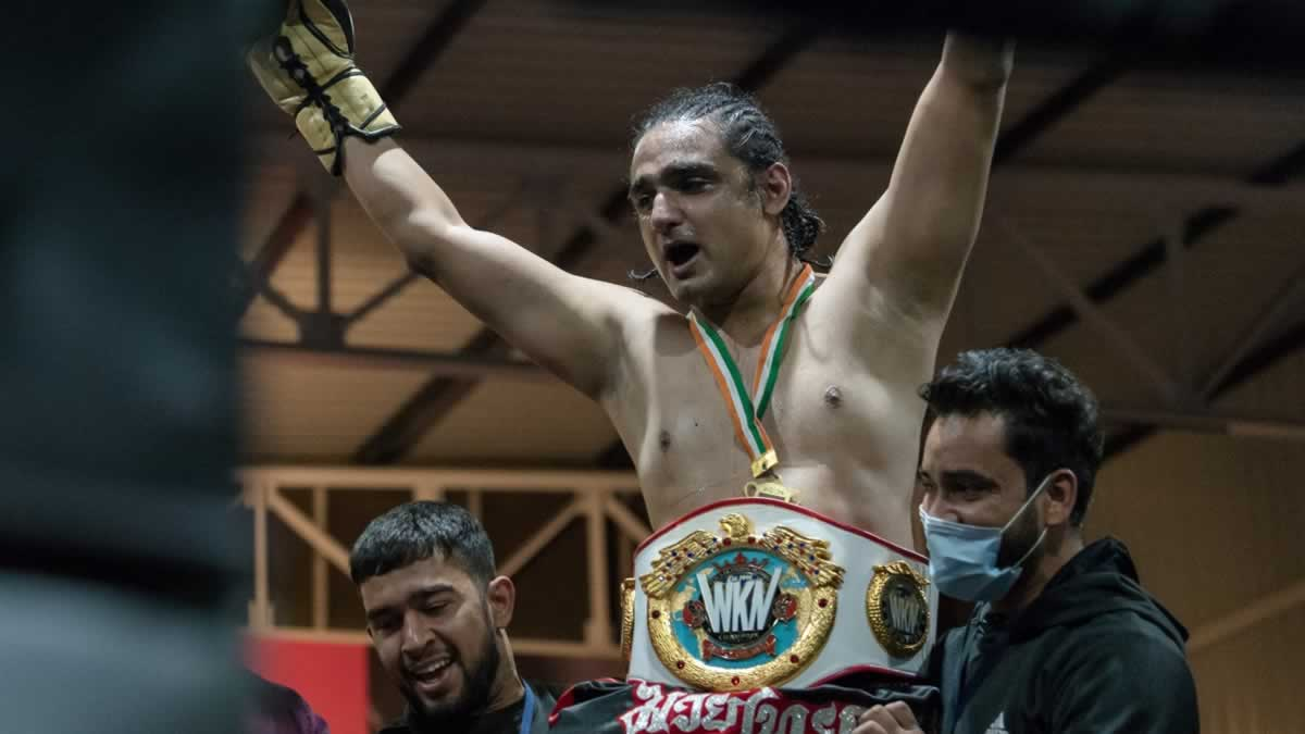 Vaibhav Shetty victorious at FraggingMonk Fight Night to become the first WKN champion crowned in India